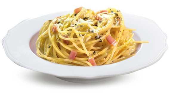 Spaghetti alla carobonara con pancetta di suino
