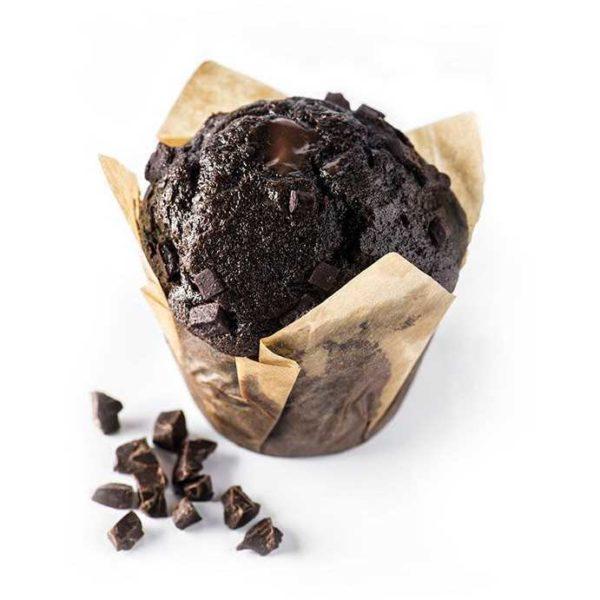 Muffin con impasto al cioccolato belga e farcitura ai 3 cioccolati.