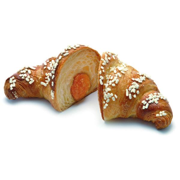 Croissant con confettura di albicocca