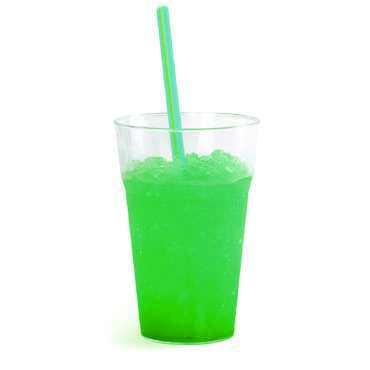 Granita al gusto di menta in bicchiere. Senza glutine