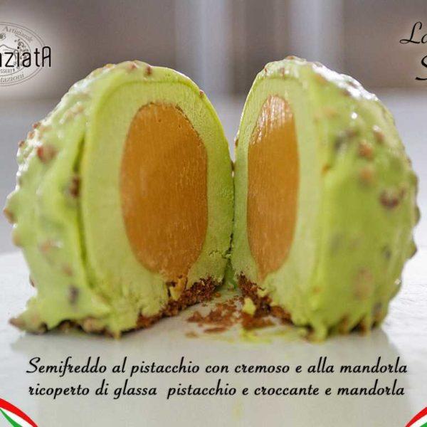 Semifreddo con cremoso al pistacchio e mandorla