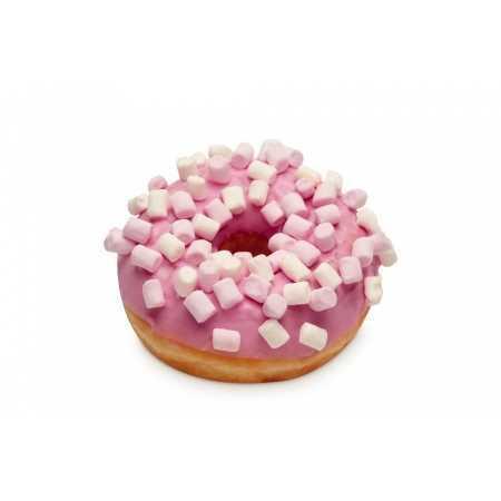 Donut con decorazione rosa e mini marshmallow in superficie.