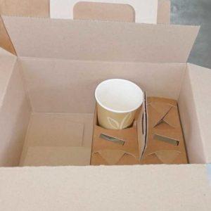 Bauletto e cestino in carta per il take away. Dimensioni: 28x20x14cm. Prodotto con carta ideale per il trasporto alimenti.