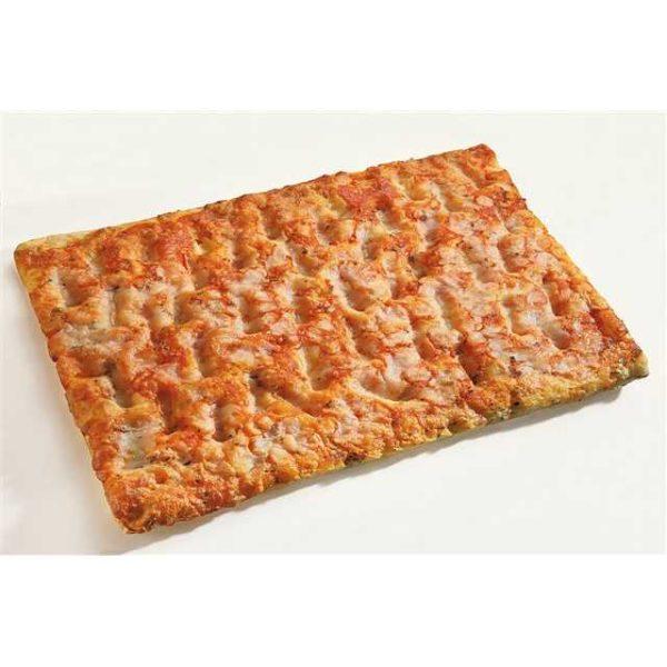 Pizza margherita in trancio. Dimensioni: 30x40 cm