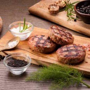 Hamburger di carne di manzo di chianina in versione ridotta. Può essere cucinato su griglia