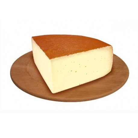 Un quarto della forma del dolce formaggio da tavola. N.B. prodotto a peso variabile