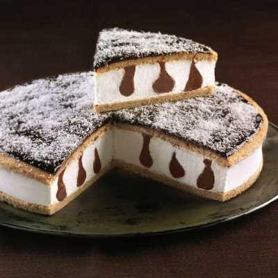 Biscotto alla nocciola farcito con crema al gusto di cocco e crema alla nocciola