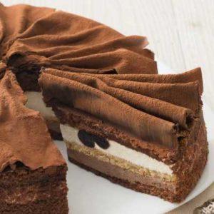 Pan di Spagna al cacao con crema