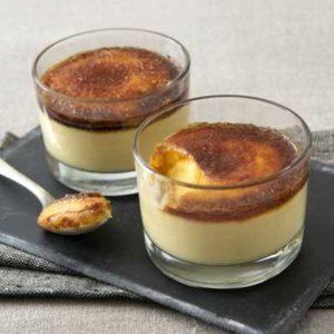 Crema ricoperta di zucchero caramellato