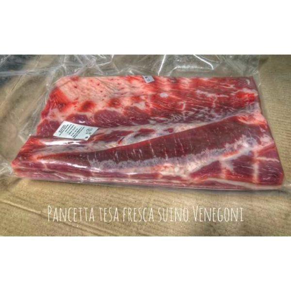 Pancetta ricavata dalla parte magra della pancia del maiale. N.B. prodotto a peso variabile
